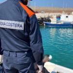 Fuori in barca nonostante i divieti di spostamento. Diportista denunciato e multato dalla Guardia Costiera.