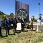 L'omaggio al monumento in memoria di Falcone, Borsellino e le vittime di mafia.