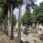 Commemorazione defunti, ingressi contingentati al cimitero (max 20 min). Stop alle funzioni religiose.