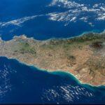 Ufficiale, la Sicilia zona ARANCIONE. Ecco tutti i divieti e cosa si potrà fare.