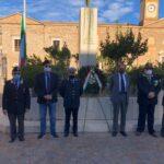 Giornata dell'Unita Nazionale e delle Forze Armate. La celebrazione al monumento ai caduti.