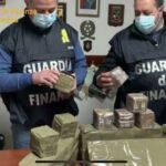 Torrenova, 600 panetti di droga ritrovati sulla spiaggia.