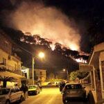 Incendio della pineta. Il grazie dei residenti a soccorritori e forze dell'ordine.