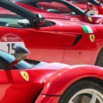 """Fa tappa a Sant'Agata il """"Ferrari Cavalcade"""". Domani 90 esemplari del Cavallino esposte sul lungomare"""
